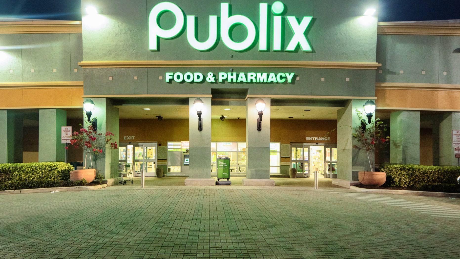 According to an alert posted to Publix' website, the voluntary recall involves popcorn chicken sourced from Pilgrim's Pride, which is labeled as Pierce Chicken.