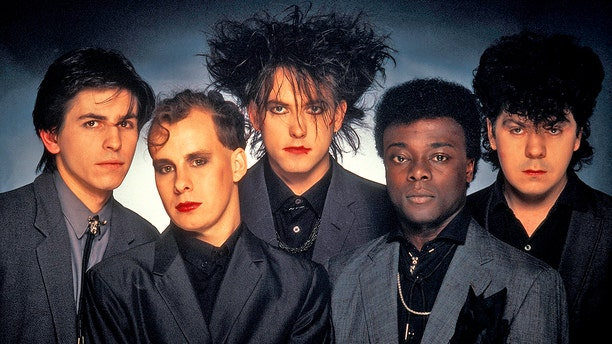 Phil Thornalley, Porl Thompson, Robert Smith, Andy Anderson and Lol Tolhurst of The Cure
