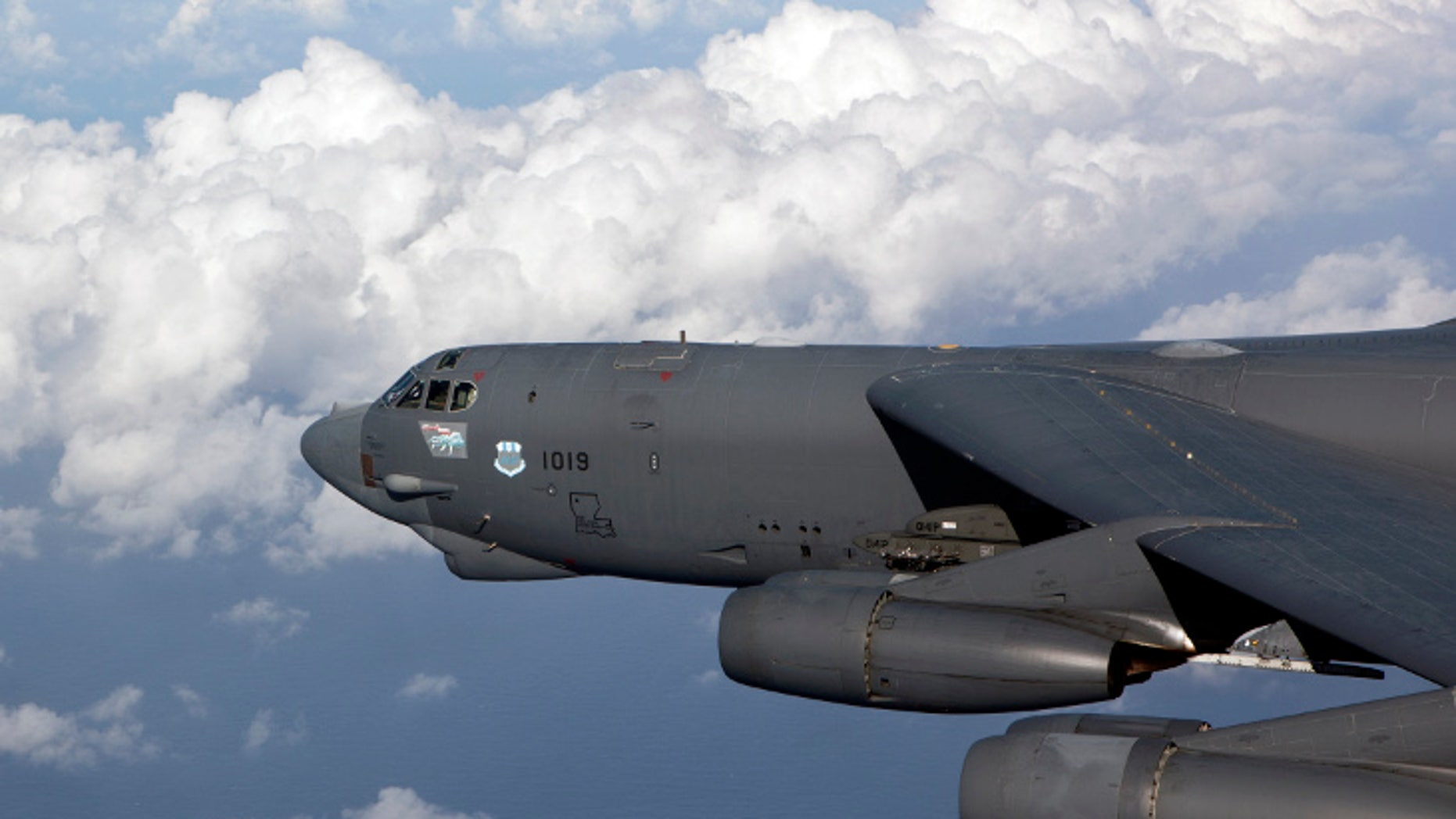 Air Force arms B-52 bombers with prototype nuclear-armed cruise missiles