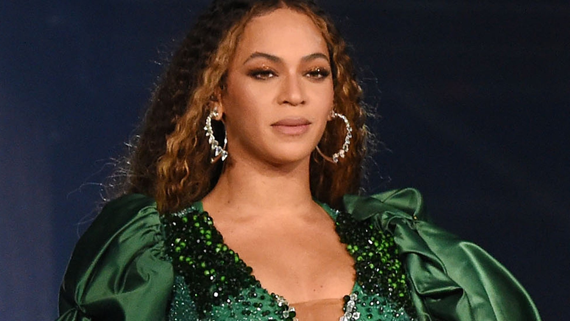 Beyonce tearfully dedicates GLAAD award to deceased uncle who lost battle with HIV