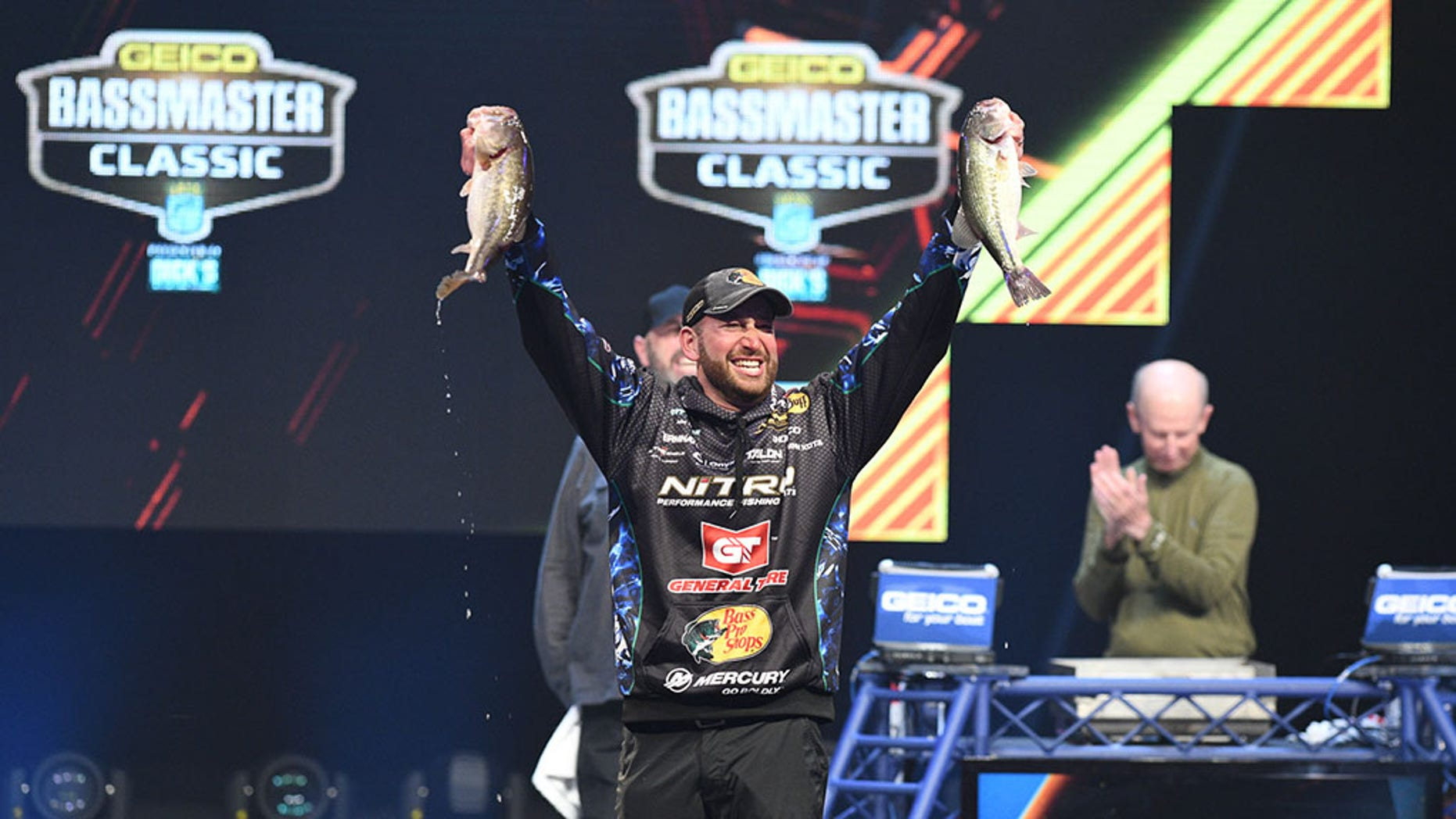 Ott DeFoe clinched victory over 52 top anglers at the tournament.