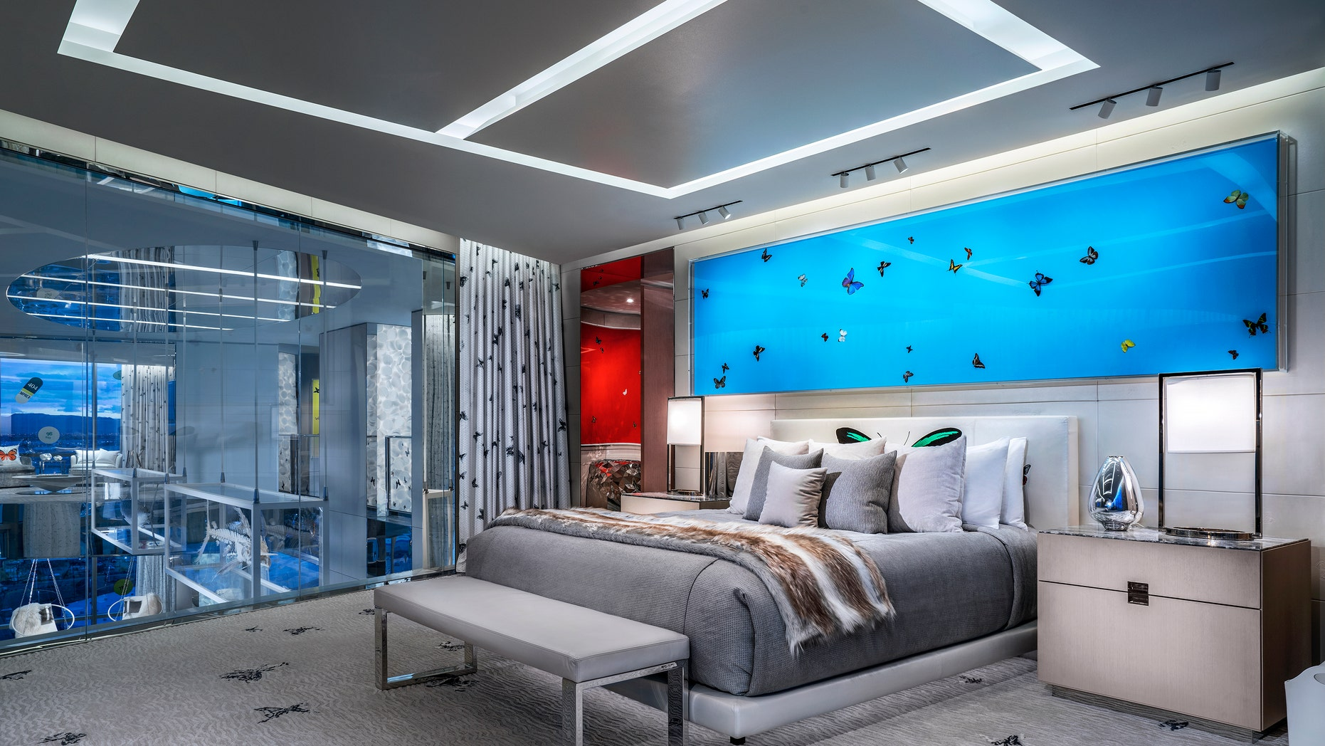 World S Most Expensive Hotel Room At Palms Casino Features