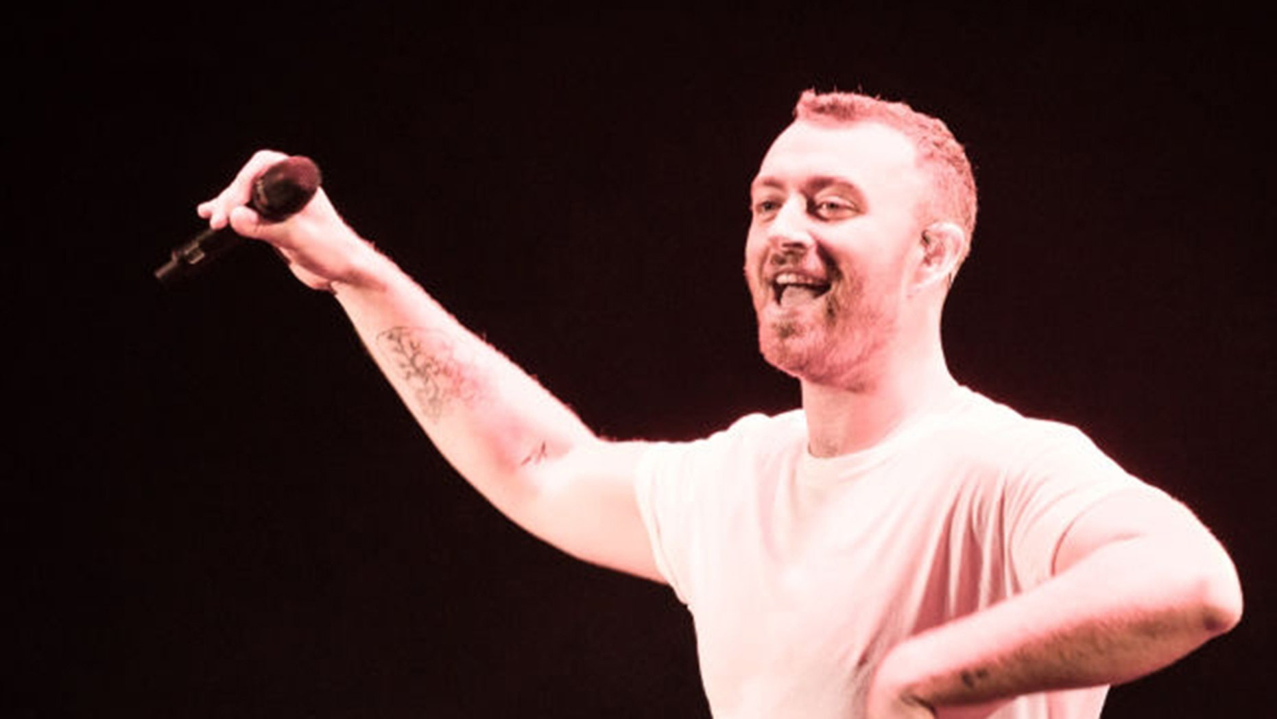In a recently published interview on the night of the day, artist Sam Smith said he considers himself