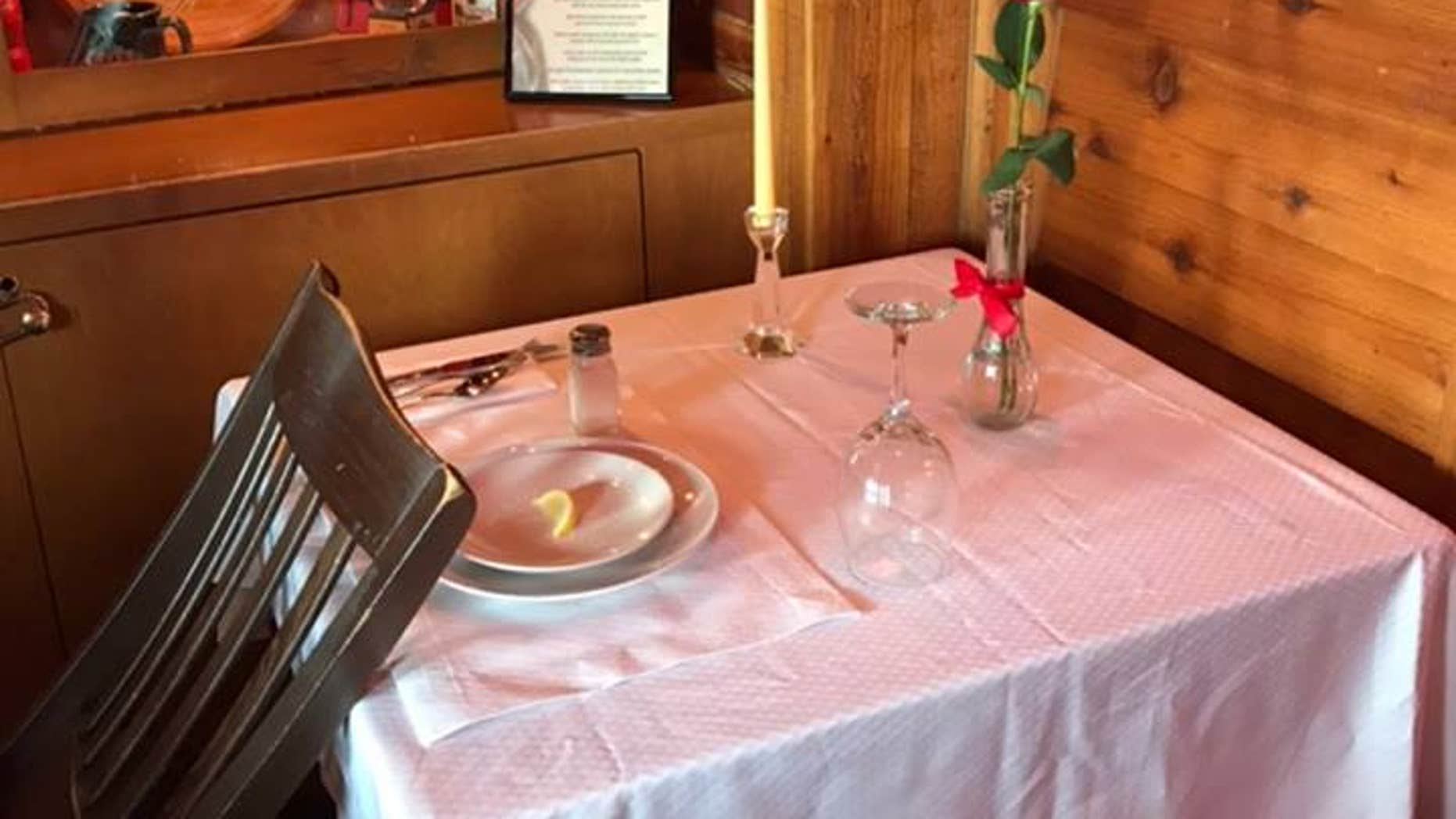 A Texas Roadhouse restaurant in Illinois is honoring McHenry County Sheriff's Deputy Jacob Keltner, who was killed in the line of duty on Thursday.