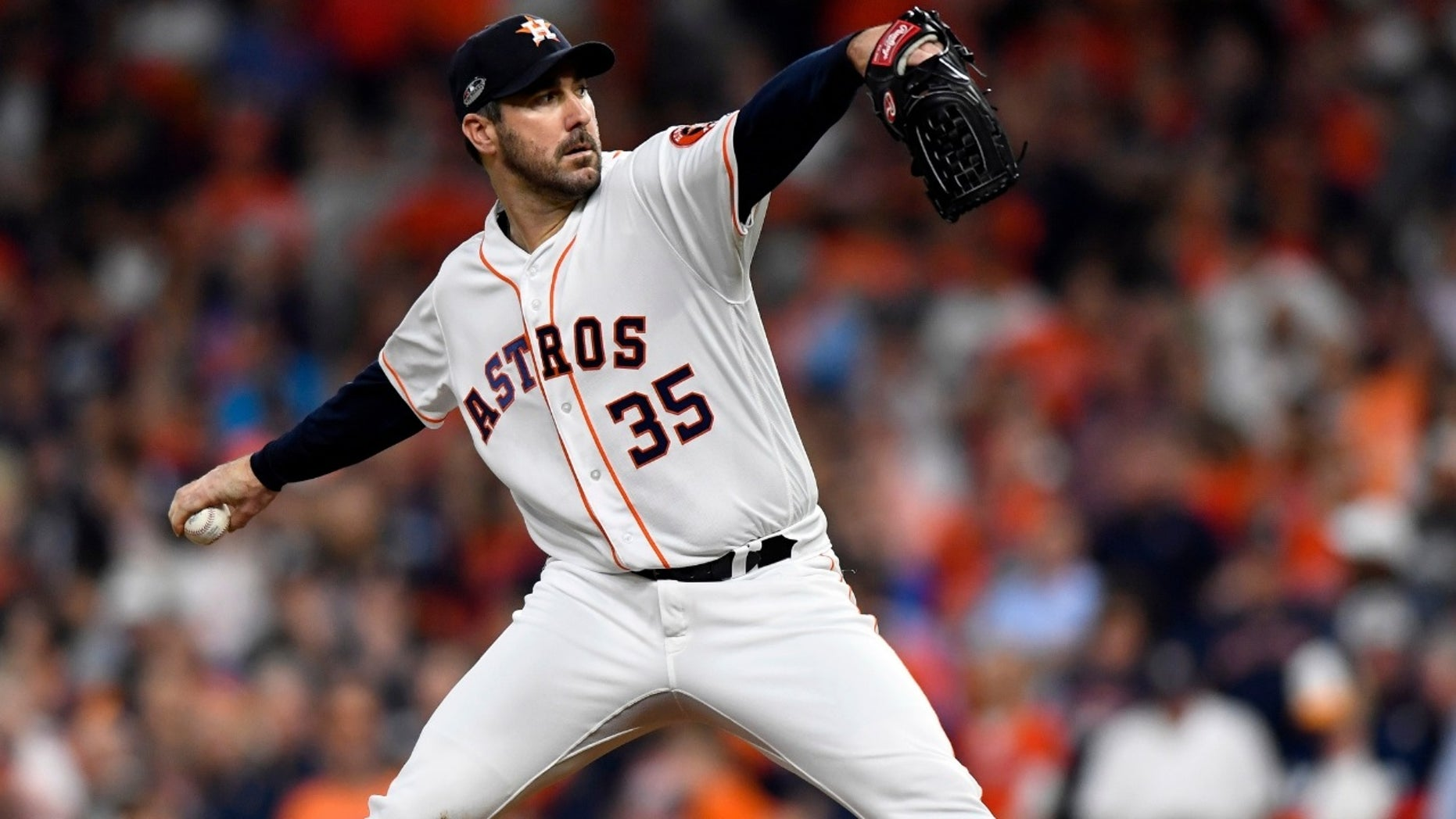 Cy Young Award-winning pitcher Justin Verlander talked to Fox News about being a new parent while balancing his career.