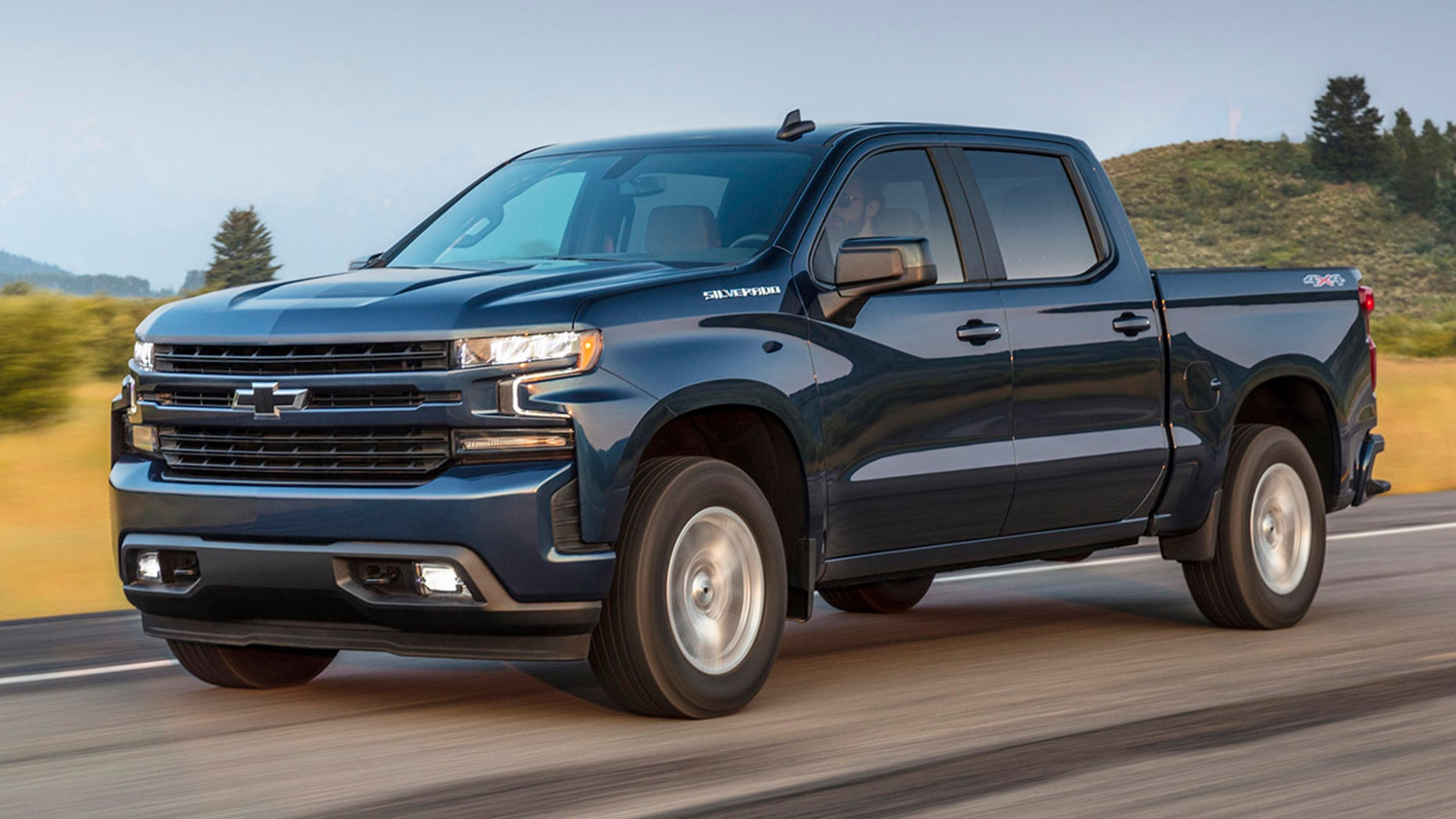 The Chevrolet Silverado RST is one of the trucks that will offer the diesel option.