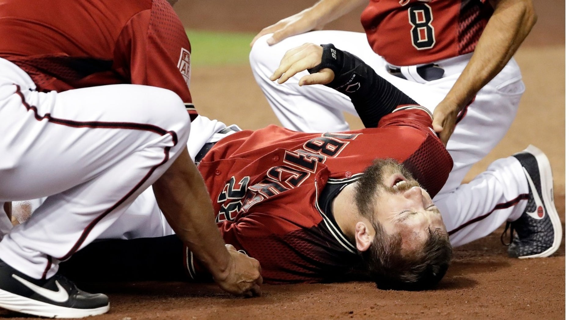 Arizona Diamondbacks right fielder Steven Souza Jr. suffered a gruesome knee injury Tuesday just days before opening day.