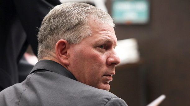 FILE - This March 5, 2012 file photo shows former New York Mets outfielder Lenny Dykstra during his sentencing for grand theft auto in the San Fernando Valley section of Los Angeles. A judge has dropped drug and terroristic threat charges filed against former Major League baseball player Lenny Dykstra after an altercation with an Uber driver.  A judge dismissed the charges Friday, March 15, 2019 after Dykstra pleaded guilty to disorderly conduct and was fined $125.  (AP Photo/Nick Ut, File)