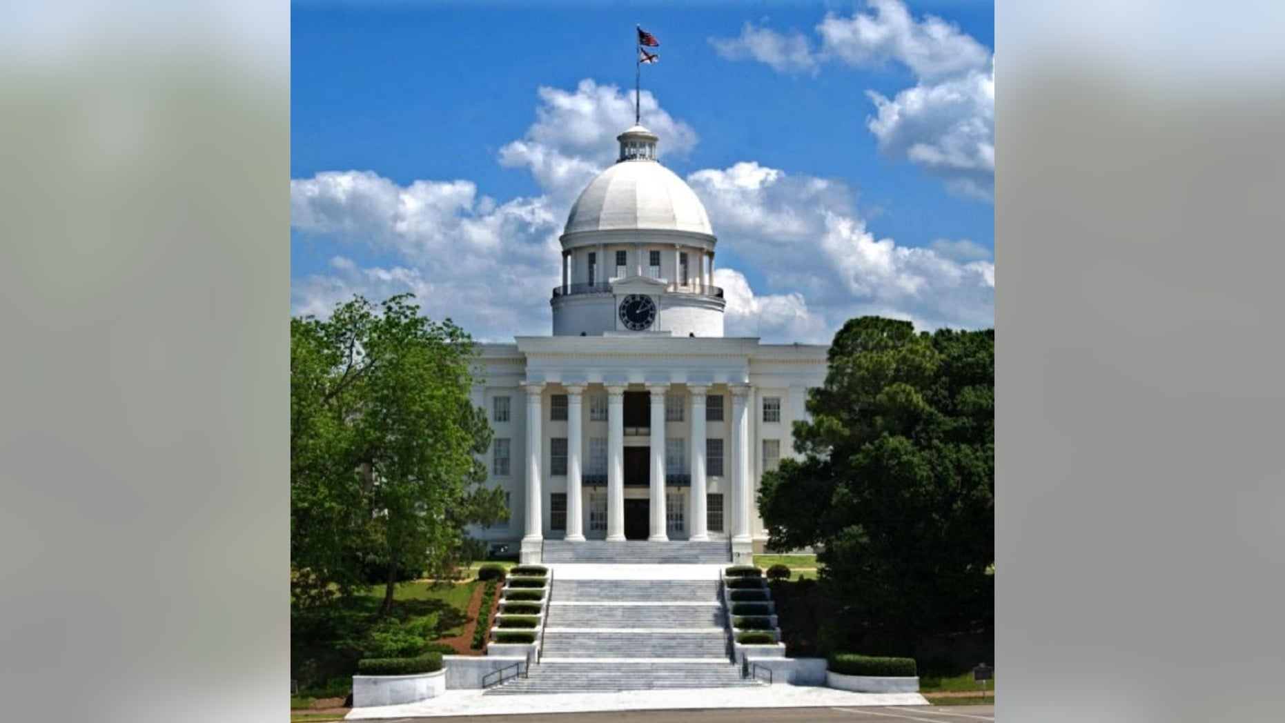 The AlabamaHouse of Representatives on Tuesday approved a proposal to make performing an abortion a felony.