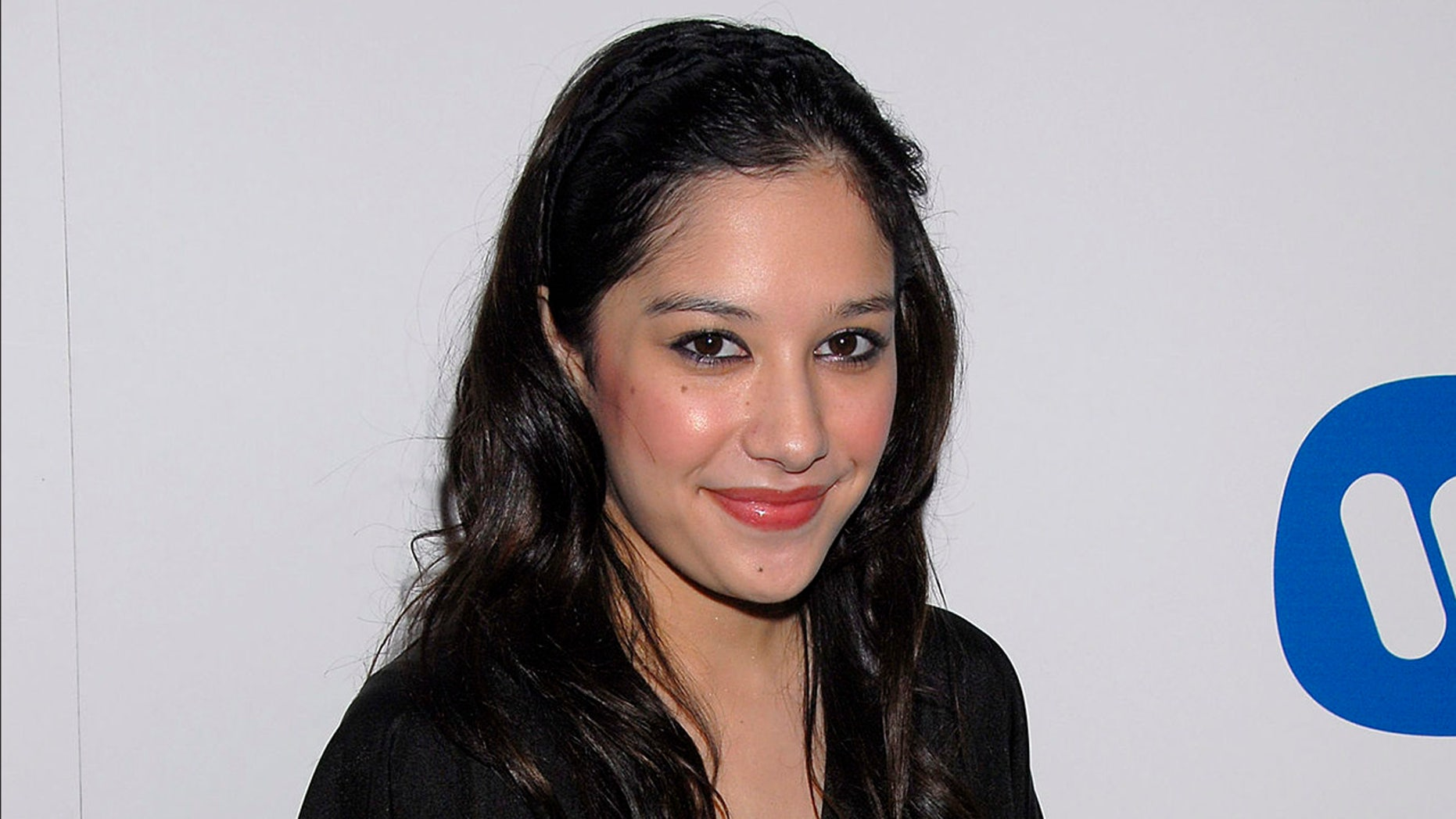 """""""Lizzie McGuire"""" star Lalaine Vergara-Paras said she was """"forced to look as 'white' as possible"""" while growing up."""
