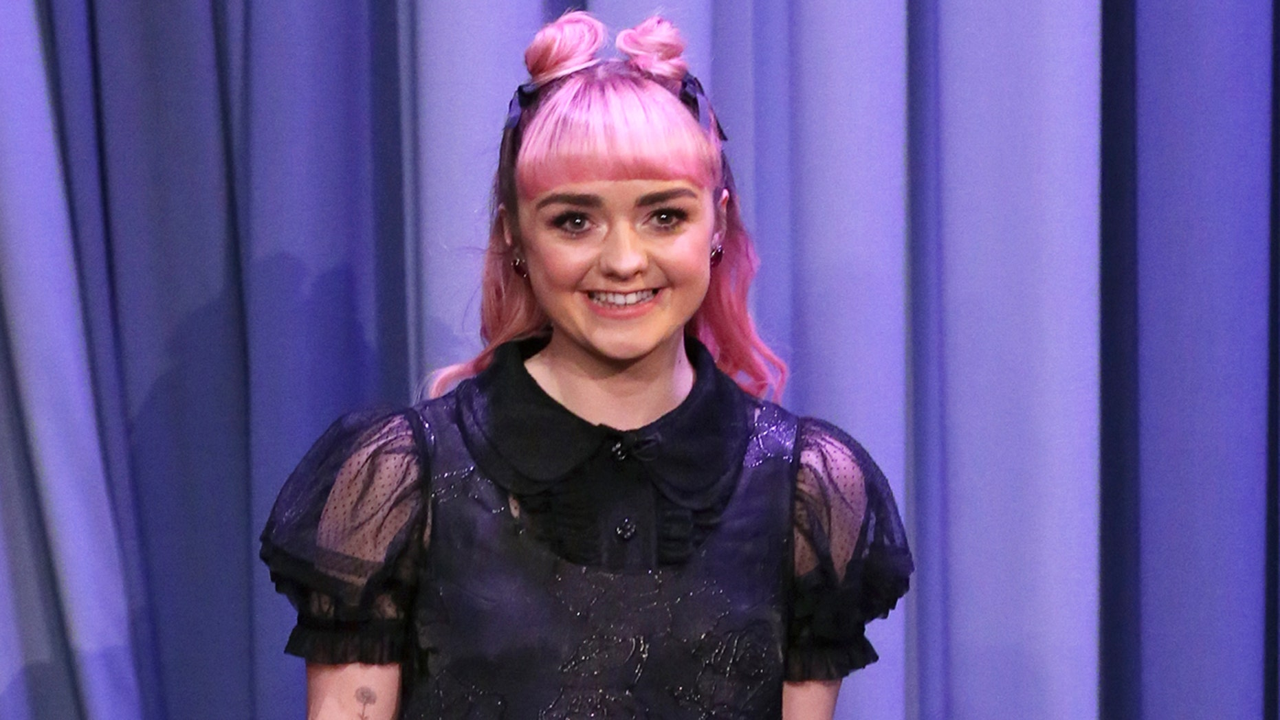 """Maisie Williams appeared on """"The Tonight Show"""" on Monday."""