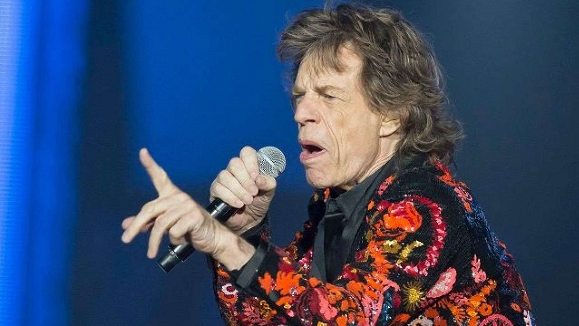 Mick Jagger: Mick Jagger To Undergo Heart Surgery In NYC This Week