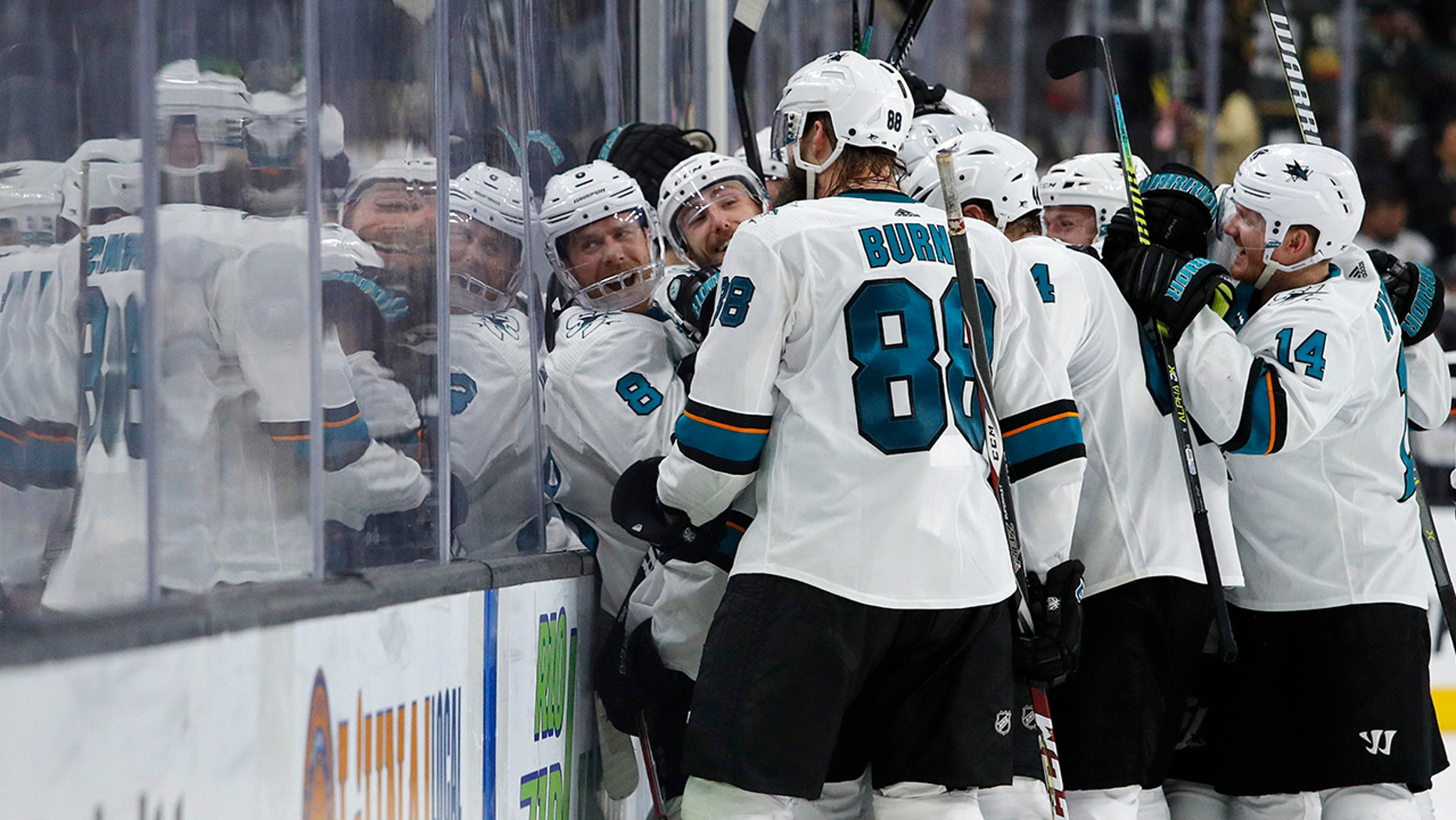 huge selection of 32e4f 9428a Hertl lifts Sharks past Vegas 2-1 in 20T to force Game 7 ...