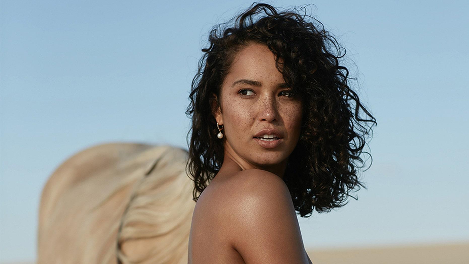 Celebrity Top Model Nude Video Photos
