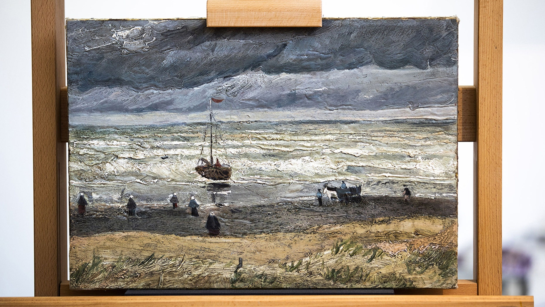 Westlake Legal Group Sea-at-Scheveningen Two stolen Vincent van Gogh paintings are back on display, 16 years after being swiped from museum Kathleen Joyce fox-news/world/world-regions/europe fox-news/world/crime fox-news/entertainment/genres/arts fox news fnc/world fnc article 90abd727-ede9-5dbf-b7ee-549202443767