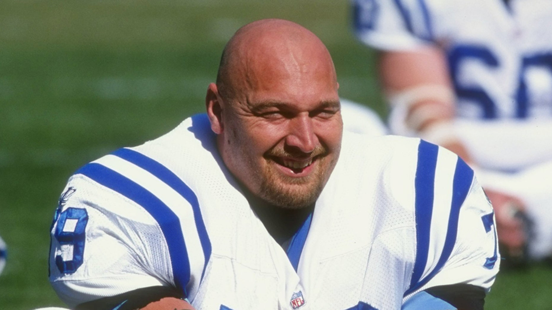 Tony Mandarich closed out his career with the Indianapolis Colts. (Tom Hauck /Allsport)