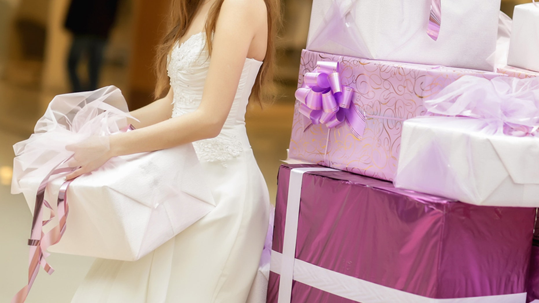 This bride was not pleased with her gifts.