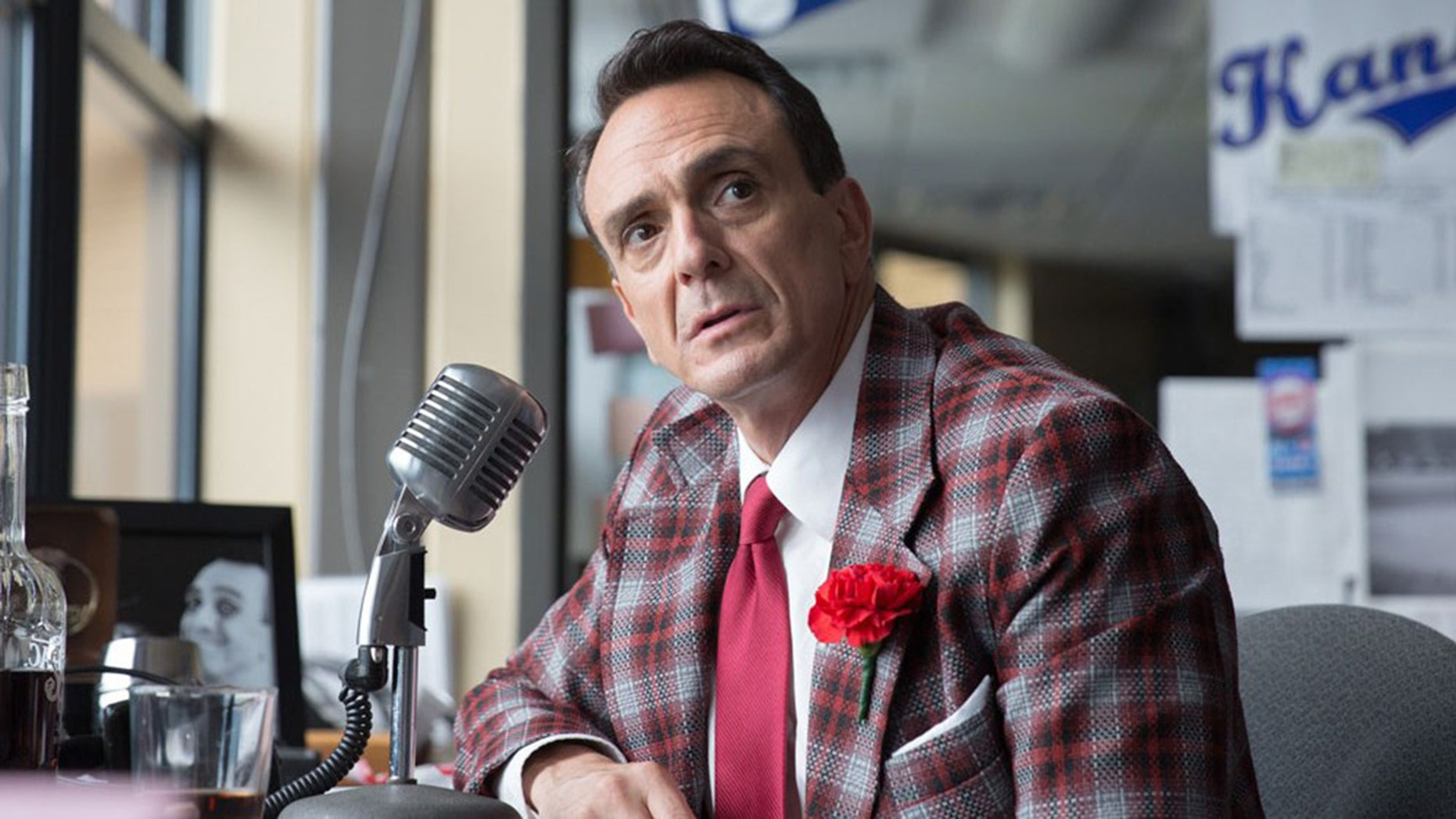 """Hank Azaria, who engendered controversy over his character Apu in """"The Simpsons,"""" is playing Jim Brockmire in the IFC show."""