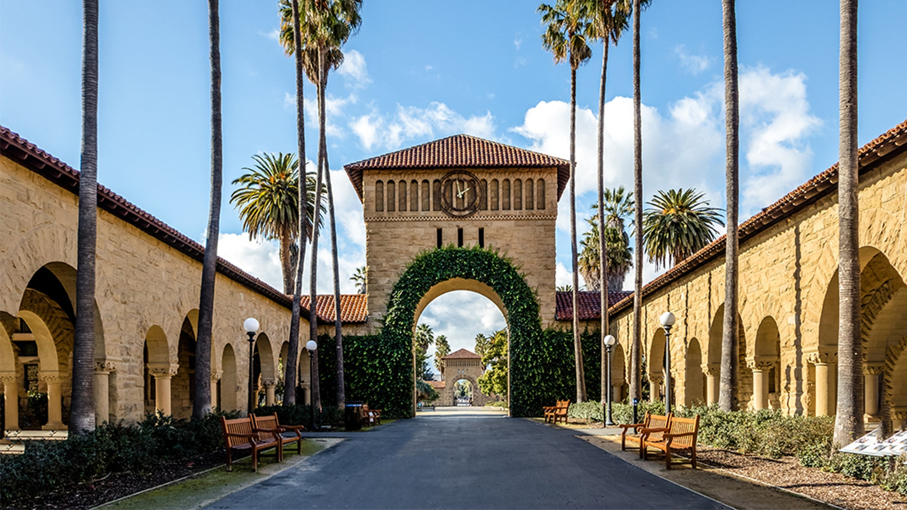 "Stanford University has quietly ""rescinded admission"" for a student who allegedly lied about sailing credentials in her application to the elite school. <br>"