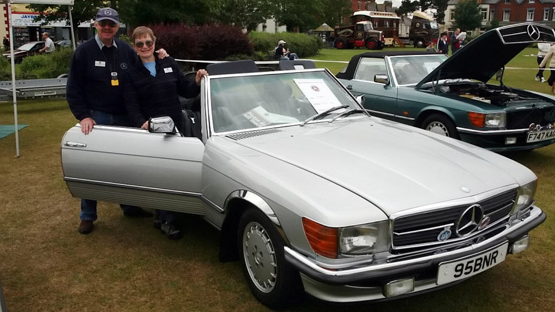 William Reid and Kathryn Workman were putting their Mercedes-Benz convertible away for the winter.