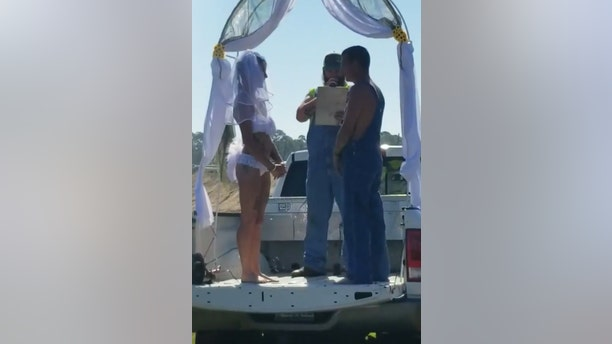 After exchanging their vows, Jeremy then carried Ahrielle down to a mud hole and dropped her inbefore soon joining her for a kiss.