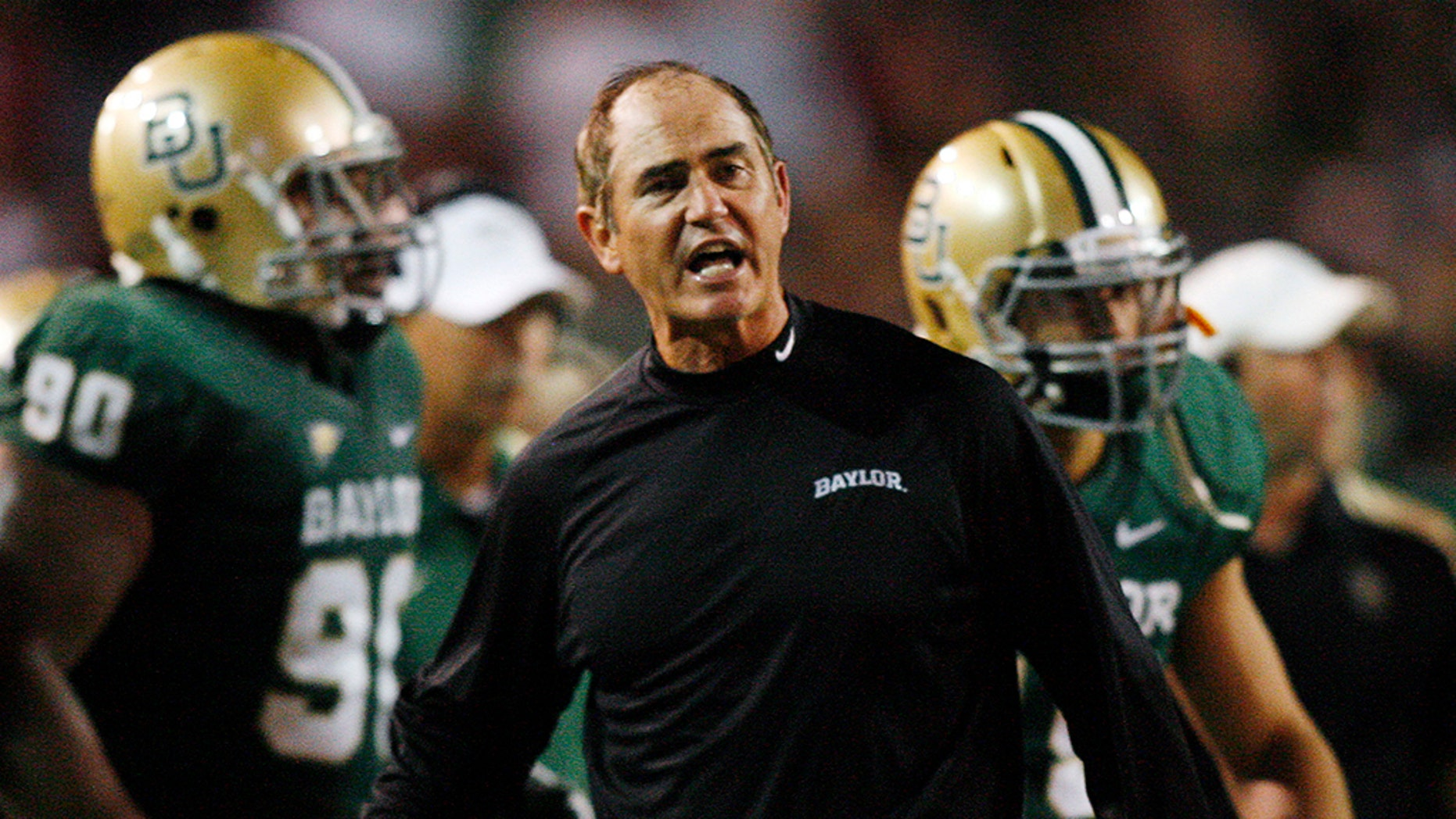 Baylor University head coach Art Briles reacts against the University of Oklahoma in the first half of their NCAA Big 12 football game at Floyd Casey Stadium in Waco, Texas, United States on November 19, 2011. (REUTERS/Mike Stone/File Photo)