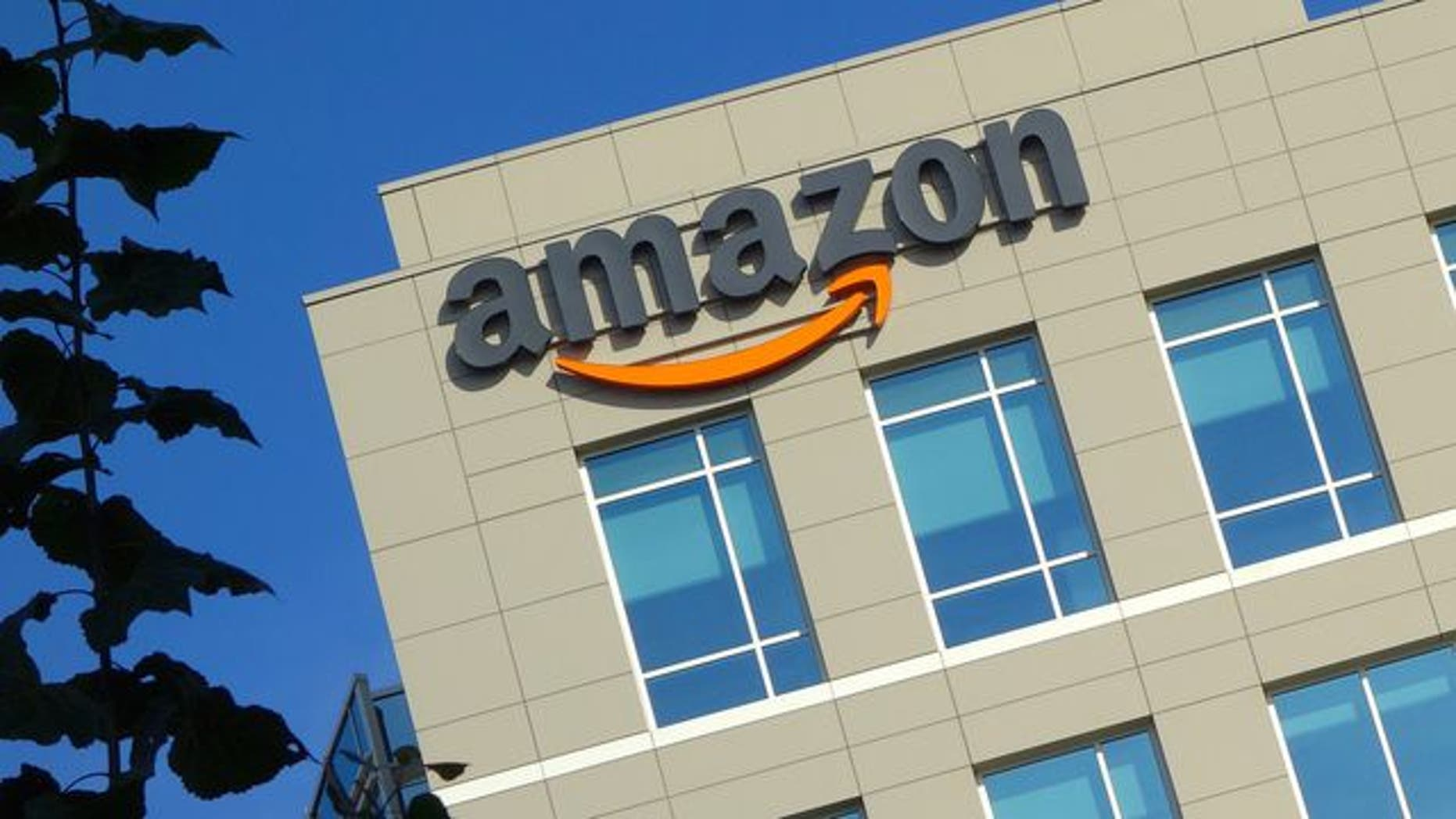 Does Amazon really pay no taxes? Here's the complicated answer