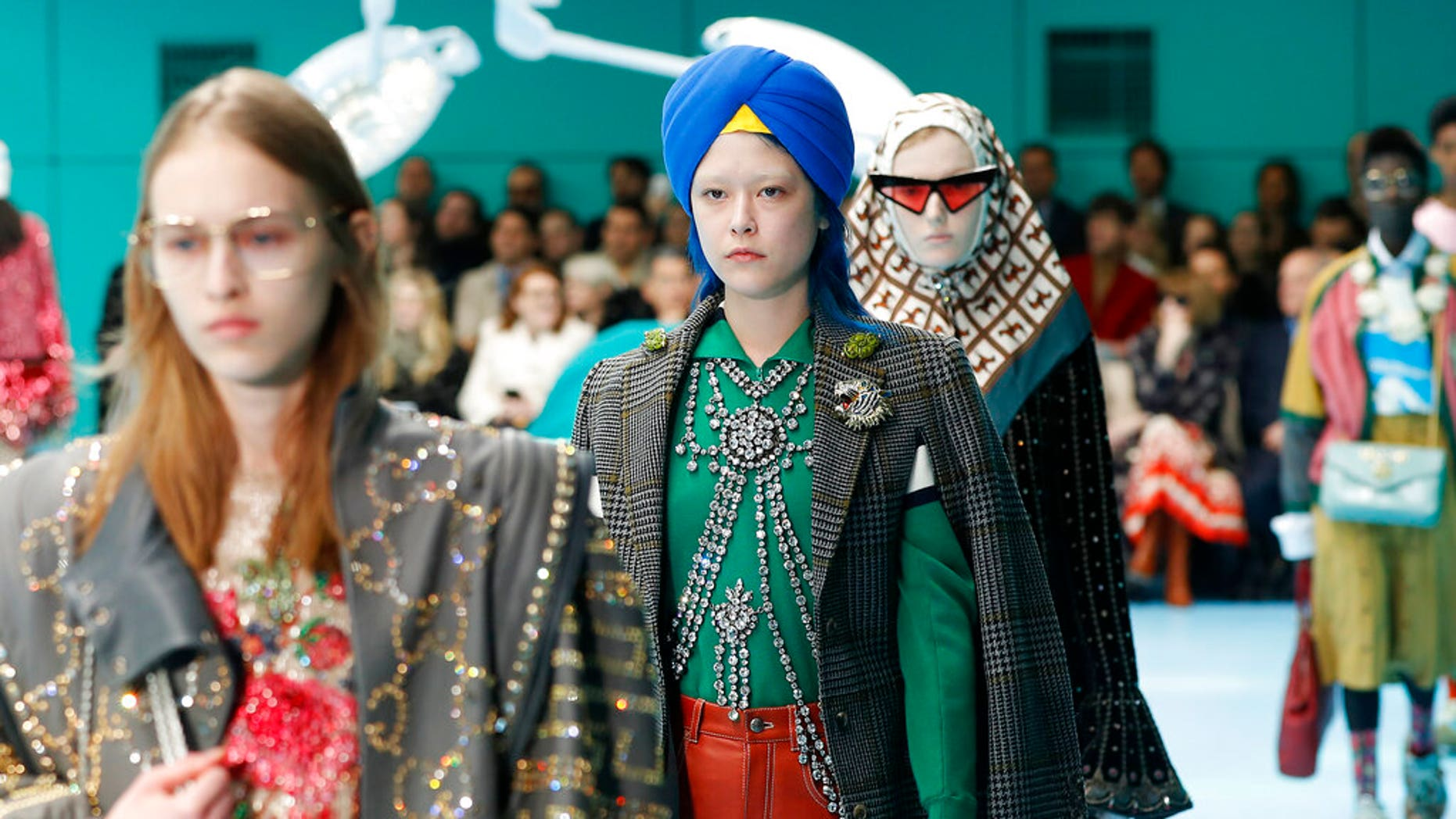 1b5e0cd1ec4b Nordstrom sorry, but Sikhs await Gucci apology for turban they found ...