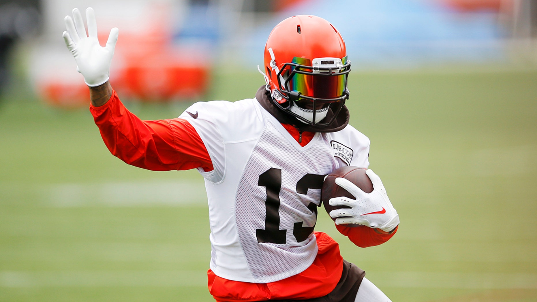 meet ef53a f7760 Beckham relishing new start, 'giddy' about Browns' potential ...