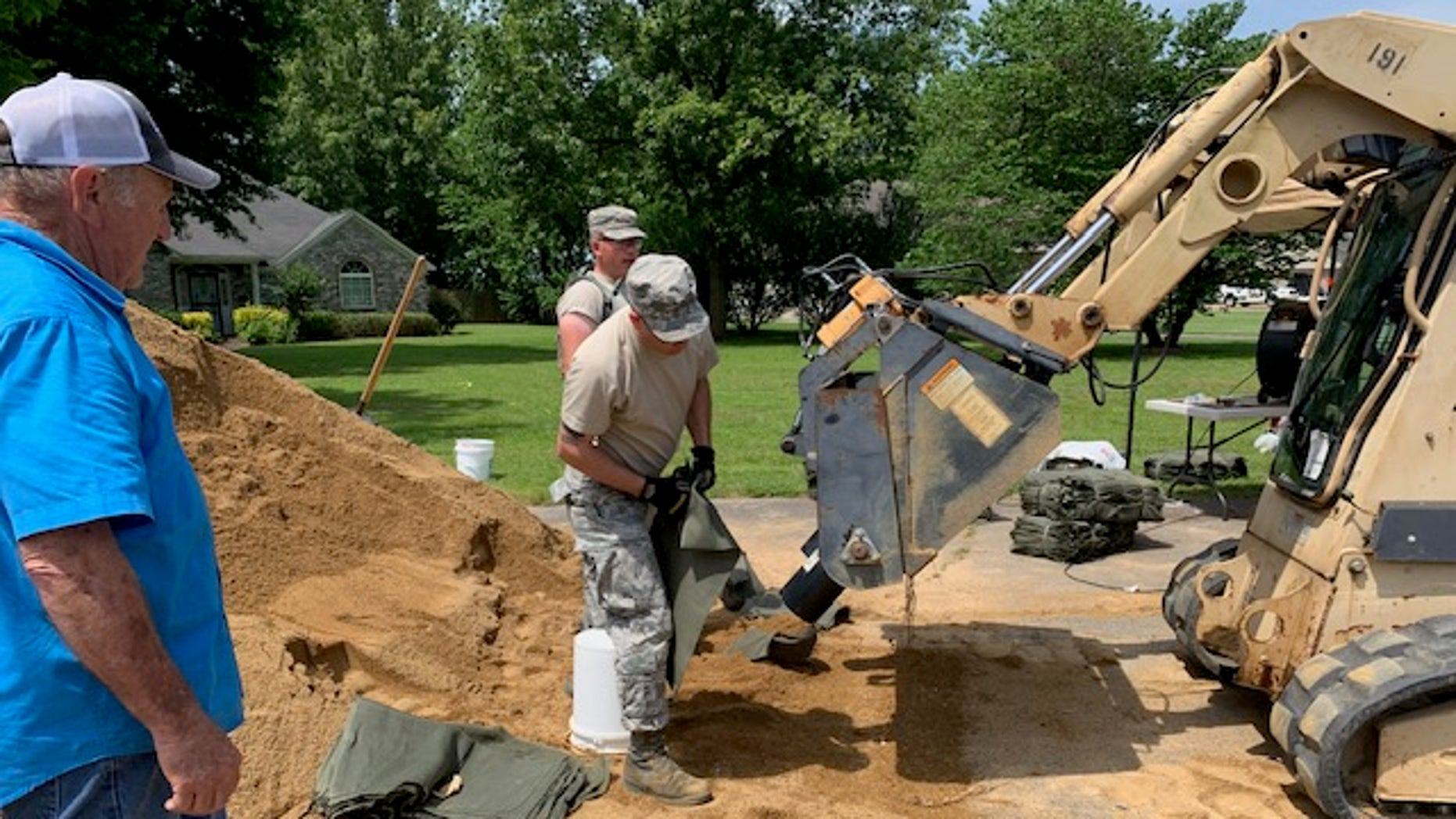 U.S. National Guard assisting the North Little Rock community in Arkansas with floods expected to continue this week,