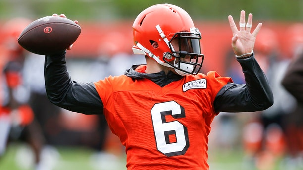 Baker Mayfield spoke out about Duke Johnson's trade request. (AP Photo/Ron Schwane)