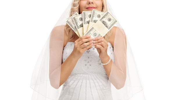 """""""You pay us $50 and then start taking photos that you can sell at the wedding to people who want them,"""" the bride allegedly told the photographer. """"That way we can use the money for the wedding and you still might get paid."""""""