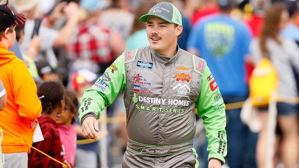 Iowan Brett Moffitt was declared the winner.