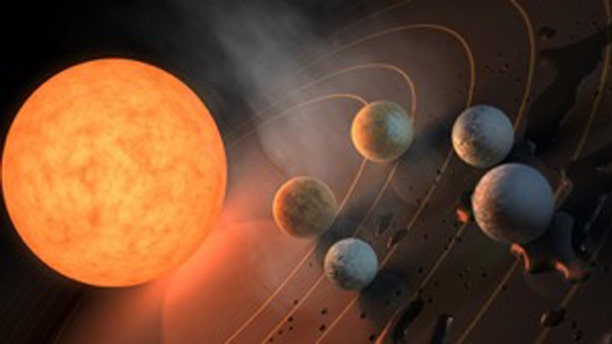 Three planets orbiting TRAPPIST-1 fall within that star's habitable zone. (Credit: R. Hurt/ NASA/JPL-Caltech/)