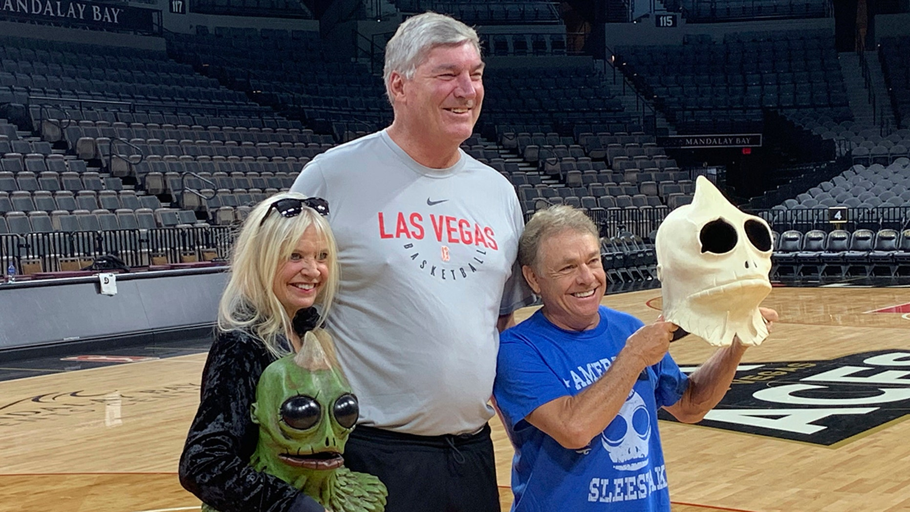 WNBA basketball coach Las Vegas Aces coach Bill Laimbeer poses in Las Vegas on Tuesday, July 30, 2019 for photos with Kathy Coleman (left) and Wesley Eure. (AP Photo / Doug Feinberg)