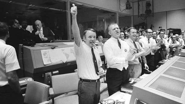 Mission Control celebrates the Apollo 13 splashdown.