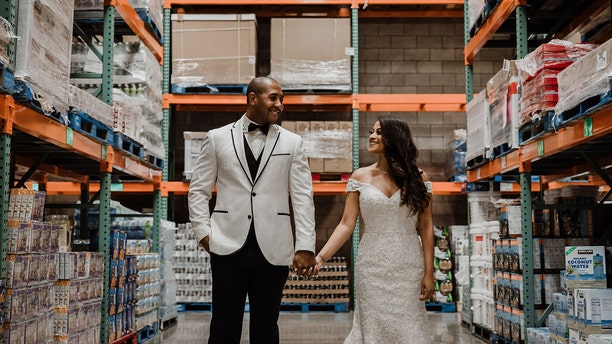 Jessica and Brandon Brown first met at the Waipahu Costco in 2017 in the mac and cheese isle.