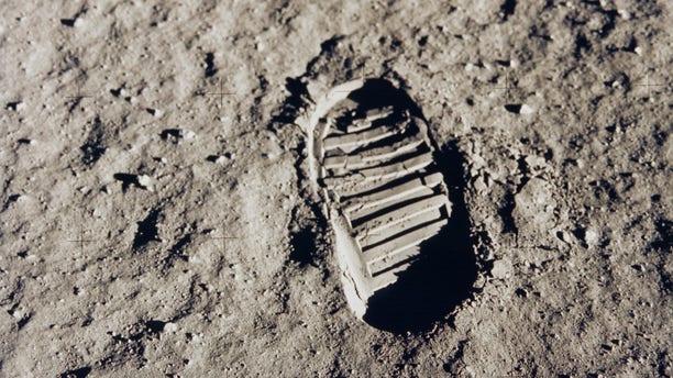 Buzz Aldrin's footprint on the lunar surface. (NASA)