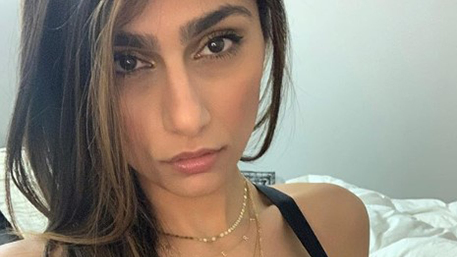 Westlake Legal Group Mia-Khalifa-THUMB Former porn star from viral 'hijab' scene reveals she made only $12G in career Gerren Keith Gaynor fox news fnc/entertainment fnc article 40c60c62-028e-52b7-9633-5475d74e9afe