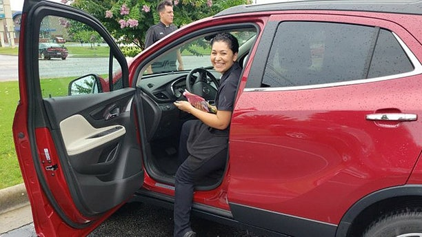 Maria Elena Barragan had just finished serving David Harrison and Shelia Harrison during her double shift at Abuelo's Mexican Restaurant in Rogers.<br>
