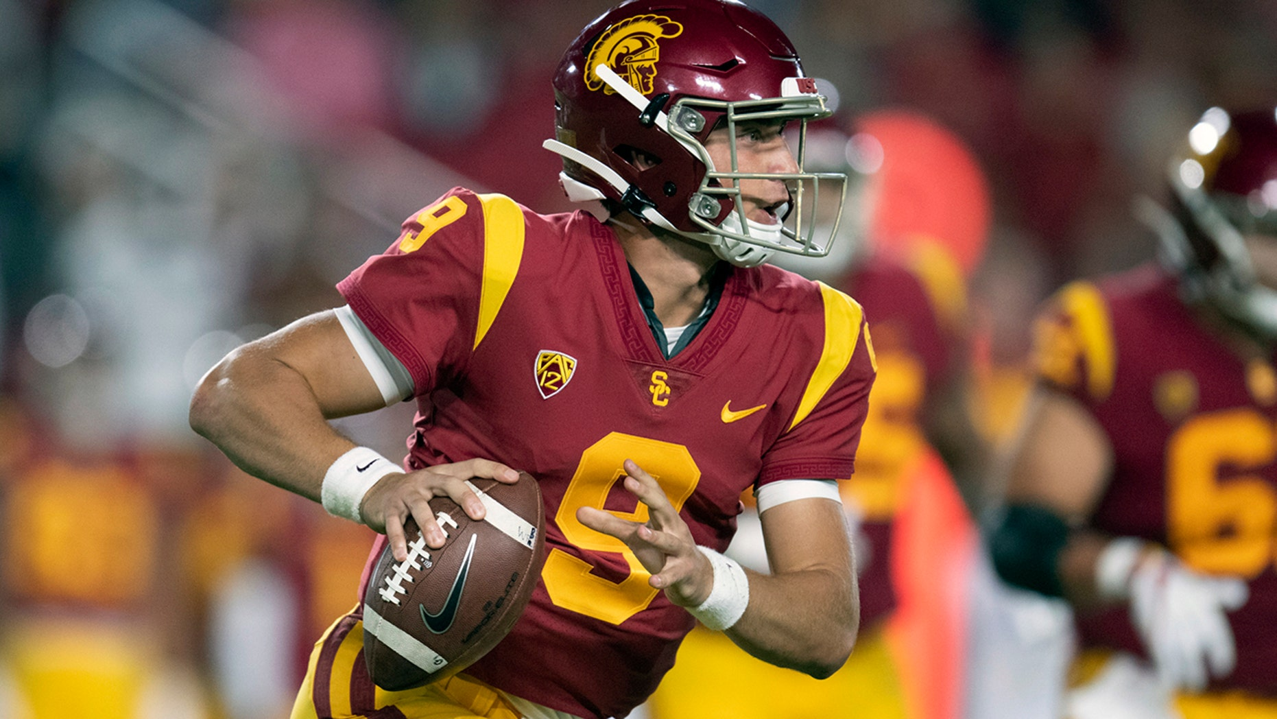 Westlake Legal Group CFB-Kedon-Slovis Fast track: USC's Slovis surprised but eager to start at QB fox-news/sports/ncaa/usc-trojans fox-news/sports/ncaa-fb fox-news/sports/ncaa fnc/sports fnc Associated Press article 8d5881f7-3d45-5dad-a99a-bef4ef2d20af
