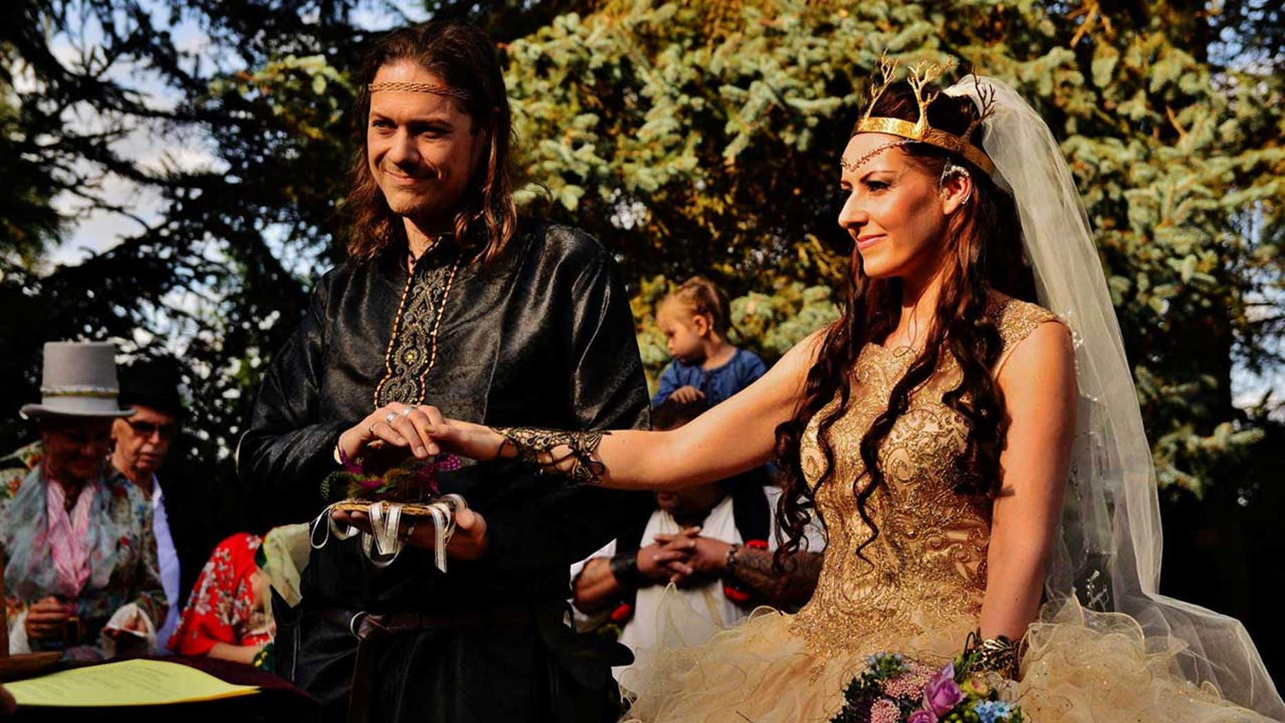 Isabell Etz and Ferenc Mansen, from Solna, Sweden, first met at Oct. 2014 and bonded over a shared love of all-things fantasy.