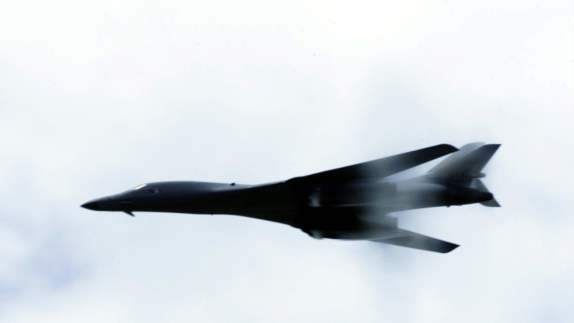 Air Force bomber plan: B-2, B-52 and B-1 to fly into 2040