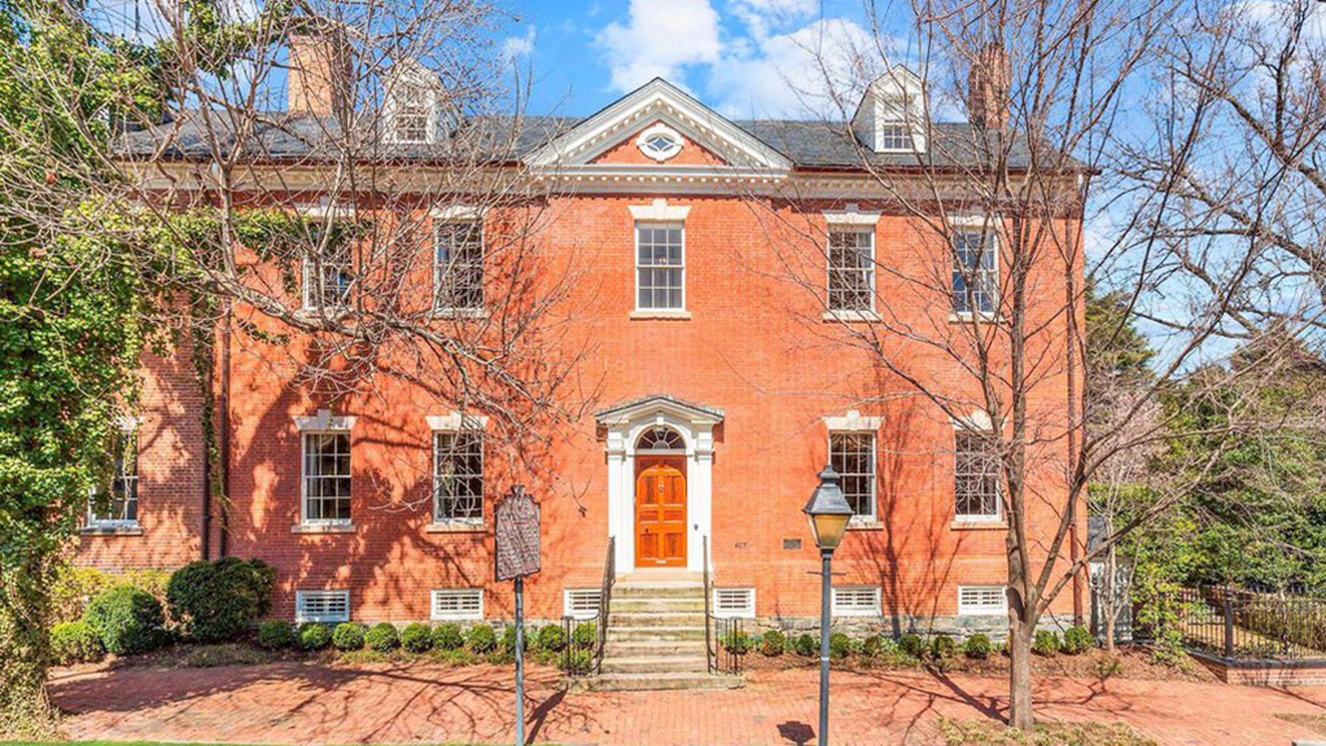 Built in 1795, the historic home is back聽on the market聽for $5.6 million. It was聽available聽last year for $8.5 million.