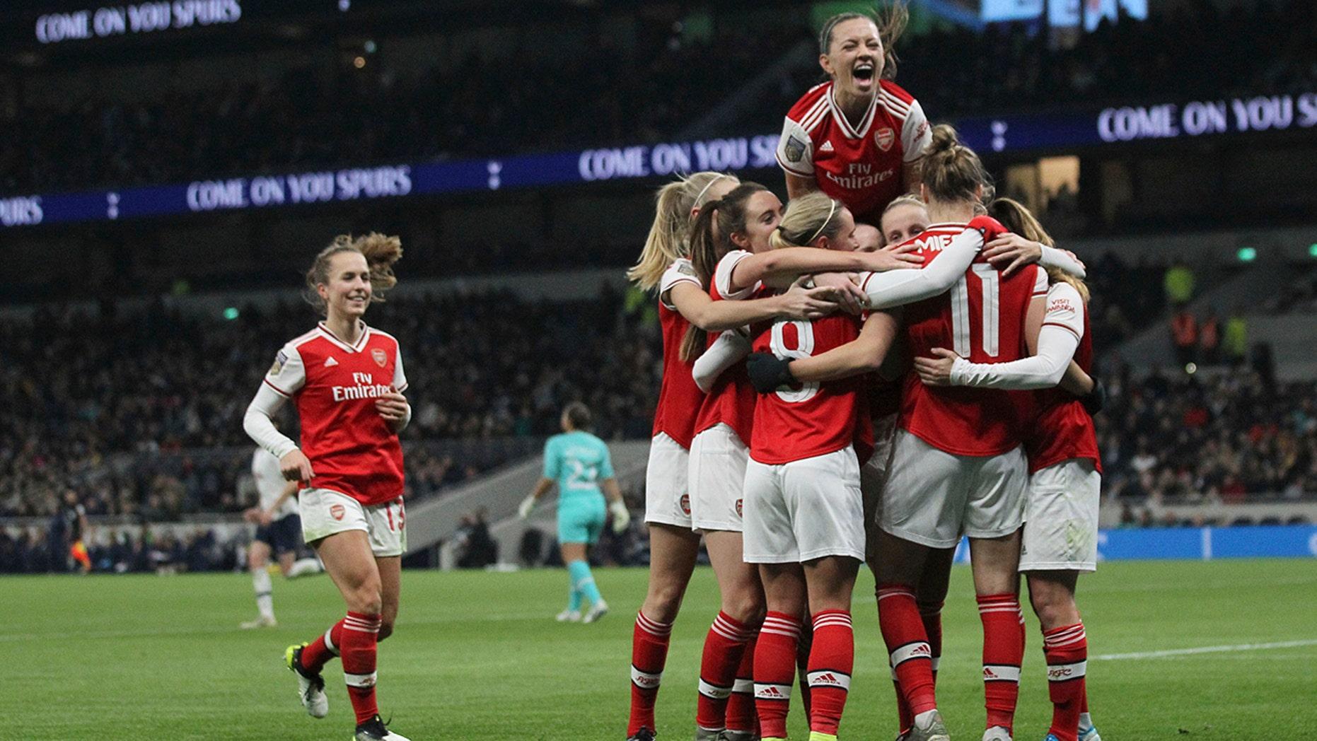Westlake Legal Group Arsenal-women Record Women's Super League crowd sees Arsenal win at Spurs fox-news/sports/soccer fnc/sports fnc Associated Press article 392bcdb8-74a0-5e6d-852d-490d10168836