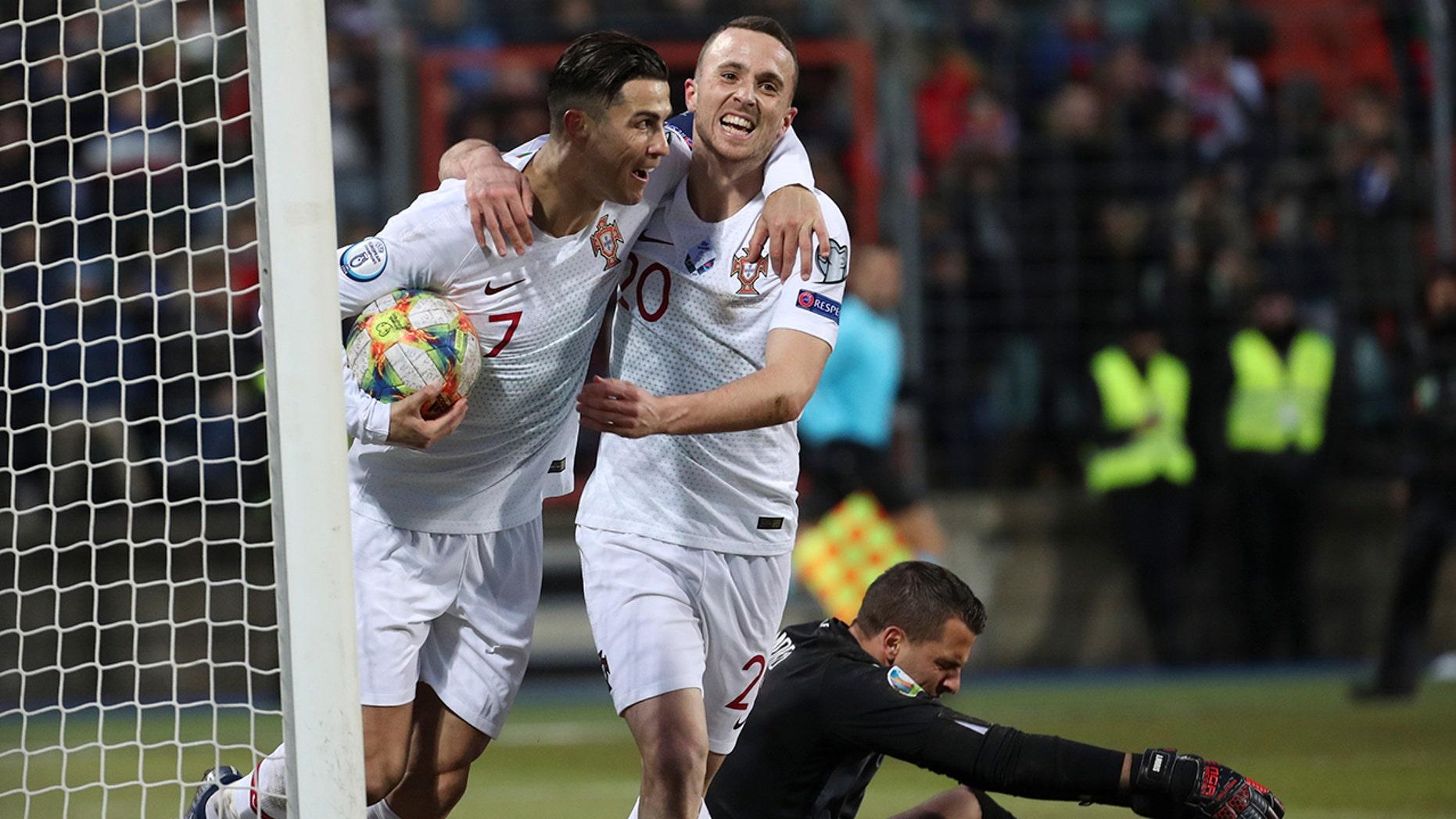 Westlake Legal Group Cristiano-Ronaldo Ronaldo stuck on 99 goals but Portugal through to Euro 2020 fox-news/sports/soccer fox-news/person/cristiano-ronaldo fnc/sports fnc Associated Press article 3a198dec-28e4-5535-b0e0-75c0485245c4