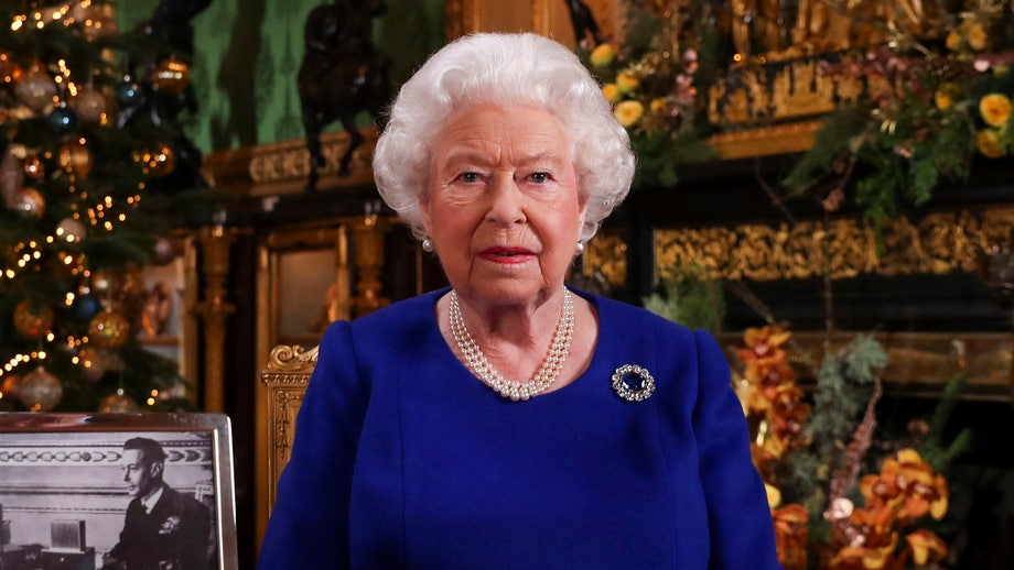 Queen Elizabeth's coronavirus address 'will offer prayers and guidance' amid pandemic, source says