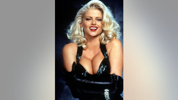 "Anna Nicole Smith in publicity portrait for the film ""Naked Gun 33 1/3: The Final Insult,"" circa1994."