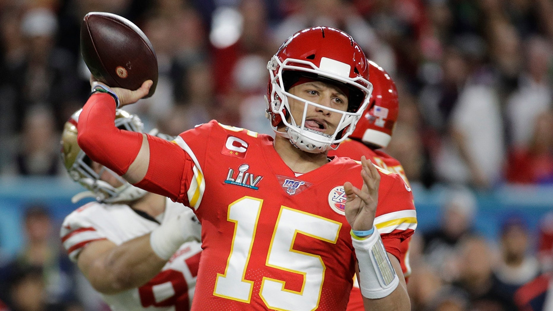 """Kansas City Chiefs quarterback Patrick Mahomes (15) passes against the San Francisco 49ers during the first half of the NFL Super Bowl 54 football game in Miami Gardens, Fla., on Feb. 2, 2020. Mahomes agreed to a 1[ads1]0-year extension worth $503 million, according to his agency, Steinberg Sports. <br /> (AP Photo / Patrick Semansky, file) """"/></source></source></picture></div> <div class="""
