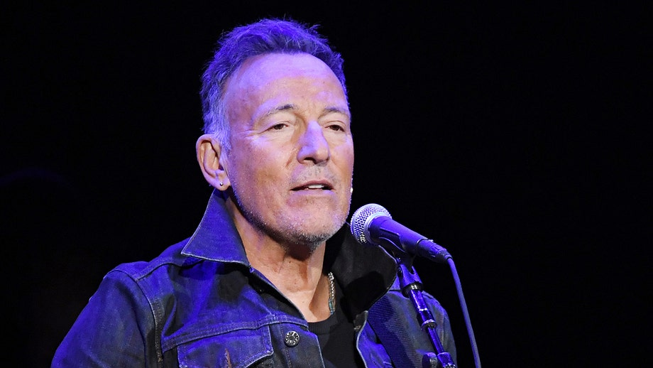 Bruce Springsteen calls for an 'exorcism' in the White House, insults Trump and the first family